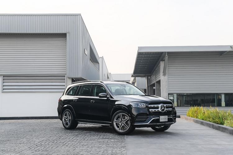 """เมอร์เซเดส-เบนซ์ ก้าวข้ามทุกบรรทัดฐานความหรูหราด้วย  """"Mercedes-Benz GLS 350 d 4MATIC AMG Premium"""""""