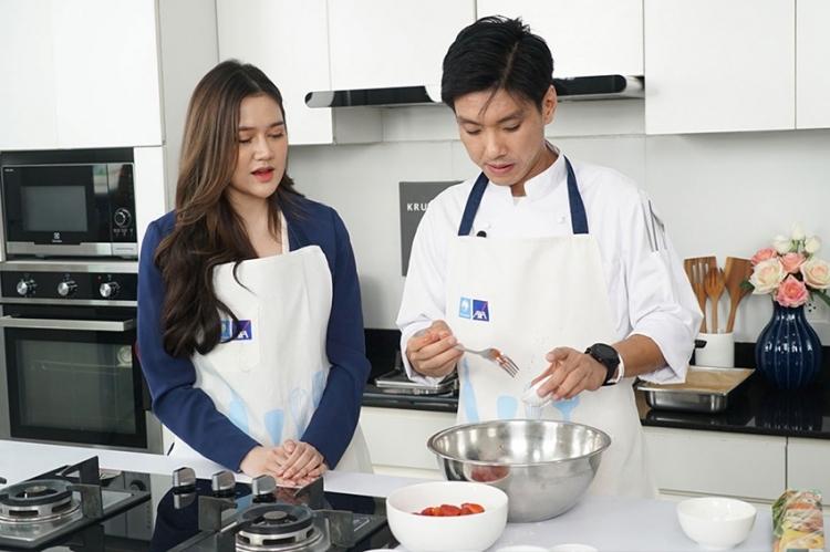 บมจ.กรุงไทย–แอกซ่า ประกันชีวิต จัดกิจกรรม Know You Can cooking อร่อยชัวร์ มาเข้าครัวกับกรุงไทย-แอกซ่า